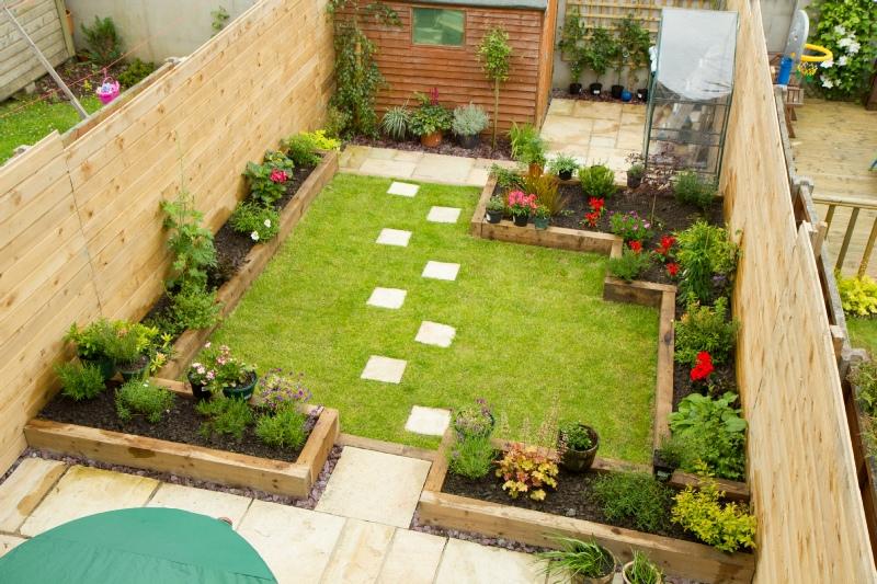 Landscaping kildare garden maintenance gardener naas for Garden decking kildare